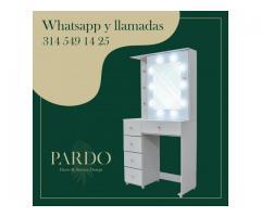 Mobiliario y muebles con luz LED