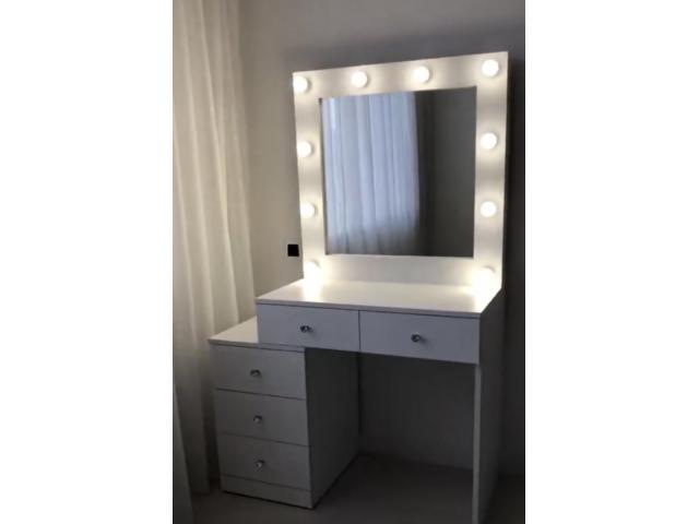 Mueble para maquillaje led