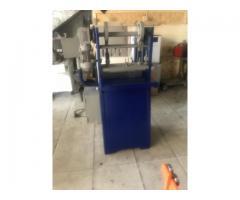 Máquina Troqueladora para carpetas AZ
